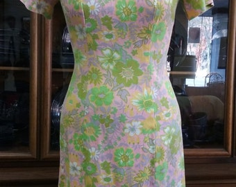 Pink Floral Dress Sheath Women's Mod Pink Green Yellow Mad Men Vintage Retro 1960s