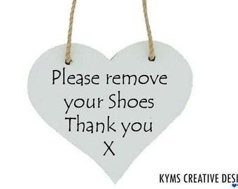 Please remove your shoes heart plaque, Please remove your shoes sign, Heart Sign, Home Deco, Shoes Sign, Please remove sign, Cute Shoes sign
