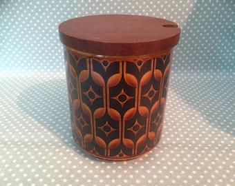 Vintage Hornsea Pottery Heirloom preserve pot or sugar bowl with wooden lid. - FREE UK POST -