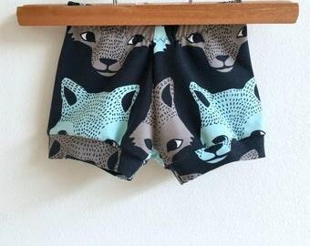 Organic wolf baby shorts, baby boy shorts, toddler shorts, kids shorts, baby girl shorts, baby wolf shorts, girls summer clothes, wolves