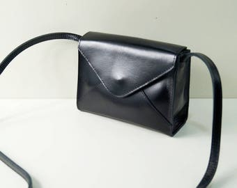 """Leather Bag """"Missive"""" in black, leather handbag, leather purse, slingbag, satchel, shoulder bag, tote sack, leather, Taschenkinder, handmade"""