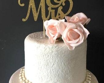 Mr&Mrs cake topper ... wedding cake topper .. glitter cake topper