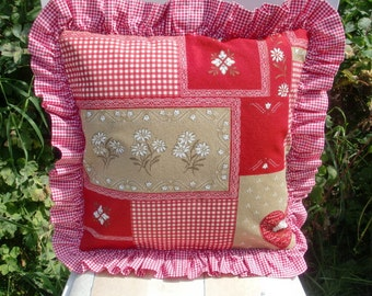 The patchwork pillow style