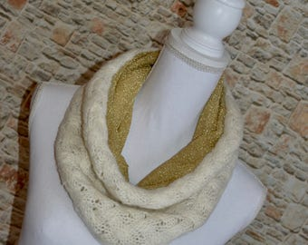 Beige knitted scarf Mesh scarf Infinity scarf Winter scarf Cowl scarf Chunky scarf Neck warmer Eternity scarf Bohemian scarf Gift for women