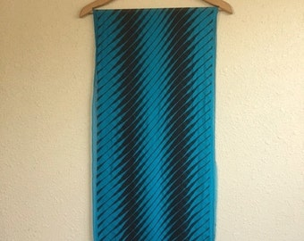 Vintage 80s TURQUOISE And Black PERRY ELLIS Scarf / 15 x 65