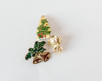 Vintage Random Lot of Ugly Christmas Pins Brooch Holiday Jewelry Instant Collection Tree Angel Bells