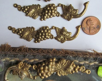 4 Vintage Raw Brass  Grape Branch  Finding