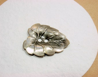 Grape Leaf Button, 26mm, Realistic Vintage Silver tone Metal Novelty Knitting findings,