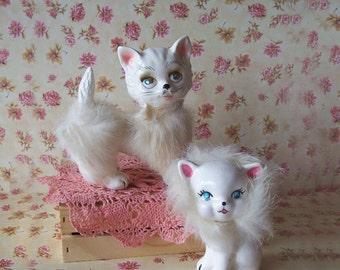 Darling Vintage White Kittens Pair with Fur - Japan