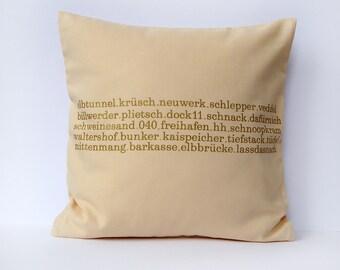 Typo pillow Hamburg screen printed 40 x40  zipper creme/gold