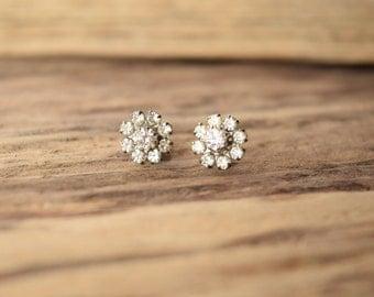 Small Rhinestone earrings - Petite stud earrings - vintage earrings - White Rhinestone earrings - bridal earrings - wedding earrings