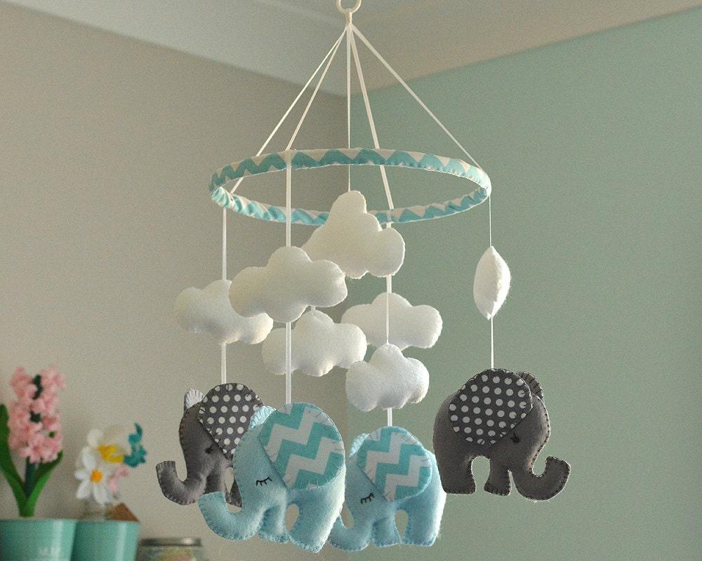 baby junge mobile kindergarten mobile blau grau handy. Black Bedroom Furniture Sets. Home Design Ideas
