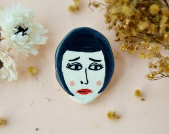 Louise Brooks ceramic pin Porcelain brooch 1920s star portrait Ceramic face Illustrated jewelry Gift for artists