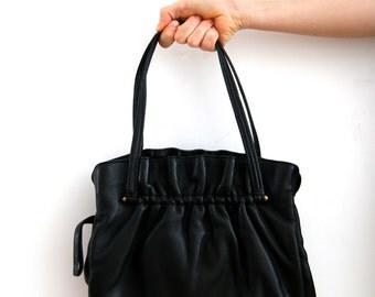 Vintage Black Handbag Real Leather Handbag Black Genuine Leather Bag 30s Bag Classic Handbag Black Bag Black Mini Handbag Mini Bag