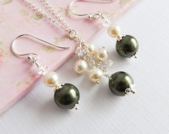 Sterling Silver green bridal jewelry set, Swarovski elements, pearl jewelry set, green with ivory, wedding jewelry, Maid of Honor gift