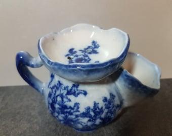 Vintage Shaving Mug ~ Blue And White Flow Blue Porcelain Shaving Scuttle With A Floral Decoration