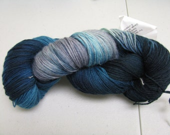 hand dyed Sock Yarn Maniac  limited quantity 75/25 % wool nylon superwash 100 grams 462 yards wash by hand