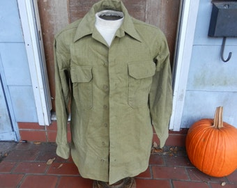 Vintage WW2 IS Army Wool Enlisted Shirt Missing on Button