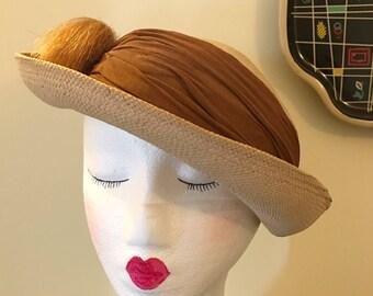 Vintage 1930s 1940s Straw Tilt Bowler Plume Hat