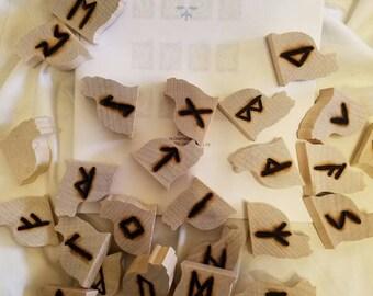 Futhark Runes,OAK sitting cats,handcrafted complete set w/blank Rune