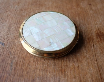 1960's Mother of Pearl Mirror Powder Compact