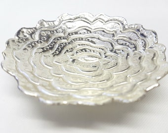 Engraved Silver Plated Dish with Scalloped edge