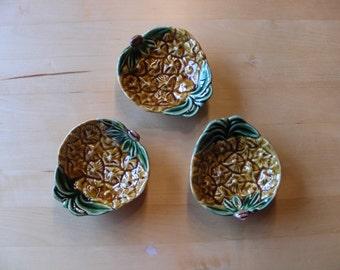 3 Bordallo Pinheiro vintage majolica pineapple plates
