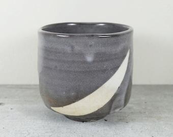 Japanese Tea Bowl of Shino ware, Nezumi Shino Grey glaze, Cylinder Shape Tsutsu Chawan Tea Ceremony Matcha Green Tea