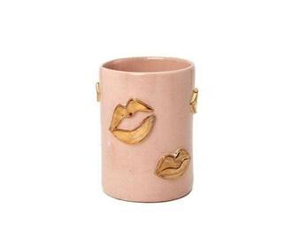 Blush Kiss Vase