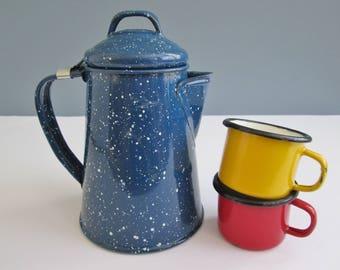 Vintage Little Enamel Set Of Tea Pot And Mugs/Children Enamelware/Enamel Mugs/Enamelware