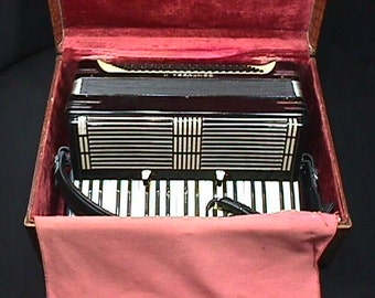 Vintage Italian Made Contessa II 120 Bass Accordion with Three Stops  in it's Original Case & Ready to Play as-is
