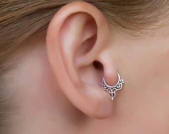 Silver ear tragus. tragus earring. tiny hoop earrings. daith piercing. helix earring