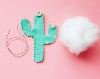 Felt Cactus DIY, Felt Plush Toy, DIY craft kit, Felt Sewing Kit, Kids Sewing kit, Plush Cactus