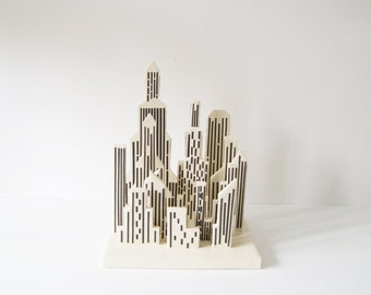 Papier-mâché Dekoobjekt, the town, the city, recycled, handmade, art