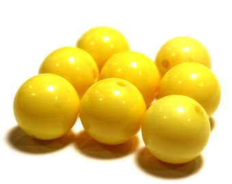 8 Vintage Yellow Beads, Opaque Plastic Beads, Plastic Yellow Beads, Plastic Vintage Beads, Yellow Opaque Beads, Ball Beads