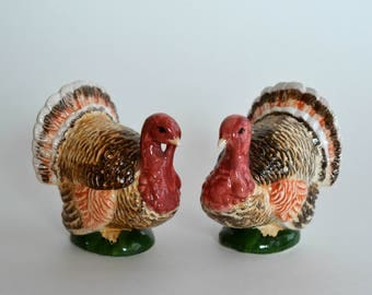 Vintage Turkie Salt and Pepper shakers, Hand Painted  Figurines, Bone China, Thanksgiving Decor, Collectable  porcelain figurine