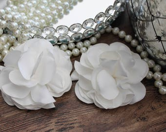 "SET OF TWO - 3 1/2"" Off White Satin / Silk Like Large Flowers - Elegant - Beautiful - Hair Accessories - Wedding - TheFabFind"