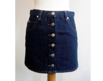 Mini skirt denim buttoned