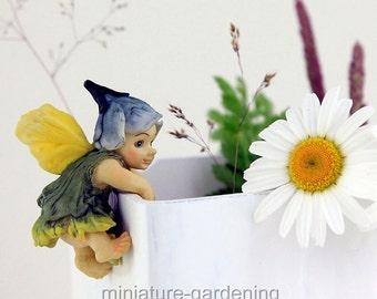 Fairy Baby Flower Pot Hugger for Miniature Garden, Fairy Garden