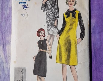 Vintage Vogue 6166// Day Dress, Pinafore and Top 1960s// Retro Sewing Pattern// Size 12