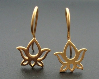 2 pcs, Sterling Silver Handmade Lotus Ear wire, French hook, Earring Findings, choose your finish, EW-0043