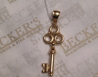 Vintage solid 14k yellow gold Skeleton Key Pendant Charm, 6 grams by