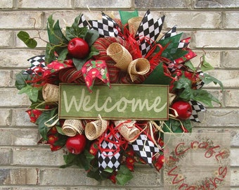 NEW! - 'Welcome' apple wreath