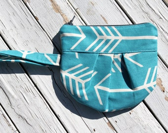 Pleated Zipper Pouch, Turquoise Arrow Zipper Wristlet, Wristlet, Arrow Wristlet, Arrow Zipper Pouch, Ready to Ship