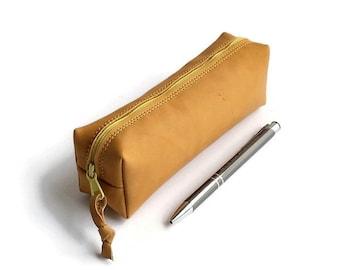 jewellery bag. Leather Pencil Case. Zipper Pencil Pouch. Natural Leather Pencil Case. Natural Leather. Pencil pouch. Gift ideas. Pens holder