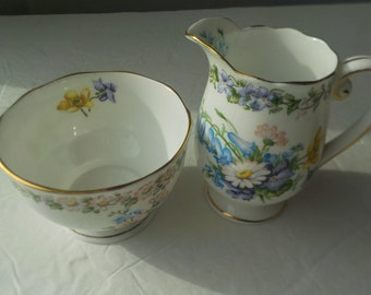 "Fine Bone Roslyn China Creamer and Open Sugar Bowl Set ""Garland"" Pattern Made in England"