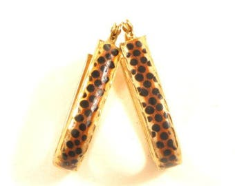 Designer Signed Vintage 14K Solid Gold Oval Cheetah Pattern Hoop Earrings*E504