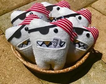 Pirate Tooth Fairy Pillow, Wool Felt, Boy gift, Handmade Felt Pirate Tooth Fairy Pillow, Tooth Keeper