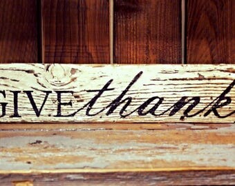 Barnwood Sign - Give Thanks