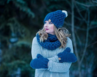 Toque + Matching Infinity Scarf + Mittens